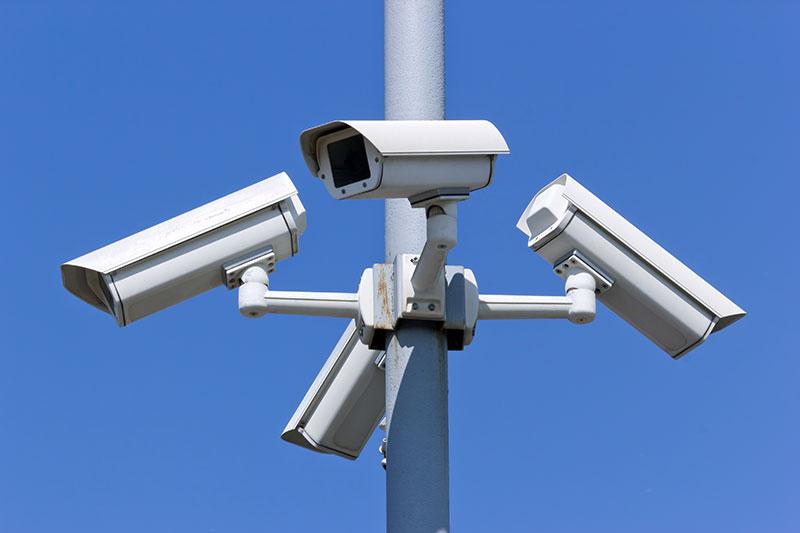 Kameraovervåking, belysning og tyverisikring